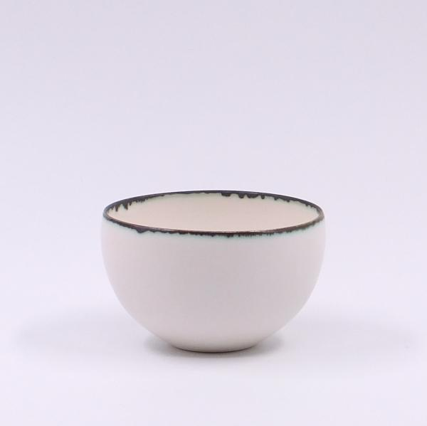 Y.Murakami white Bowl dark edge